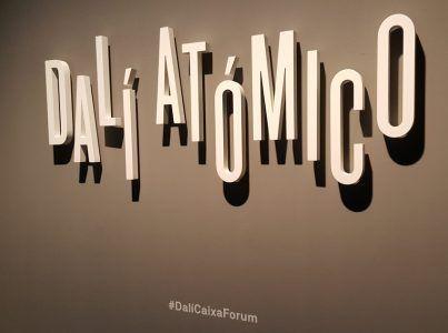 Exposición Dalí atómico 3 Mis Palabras con Letras